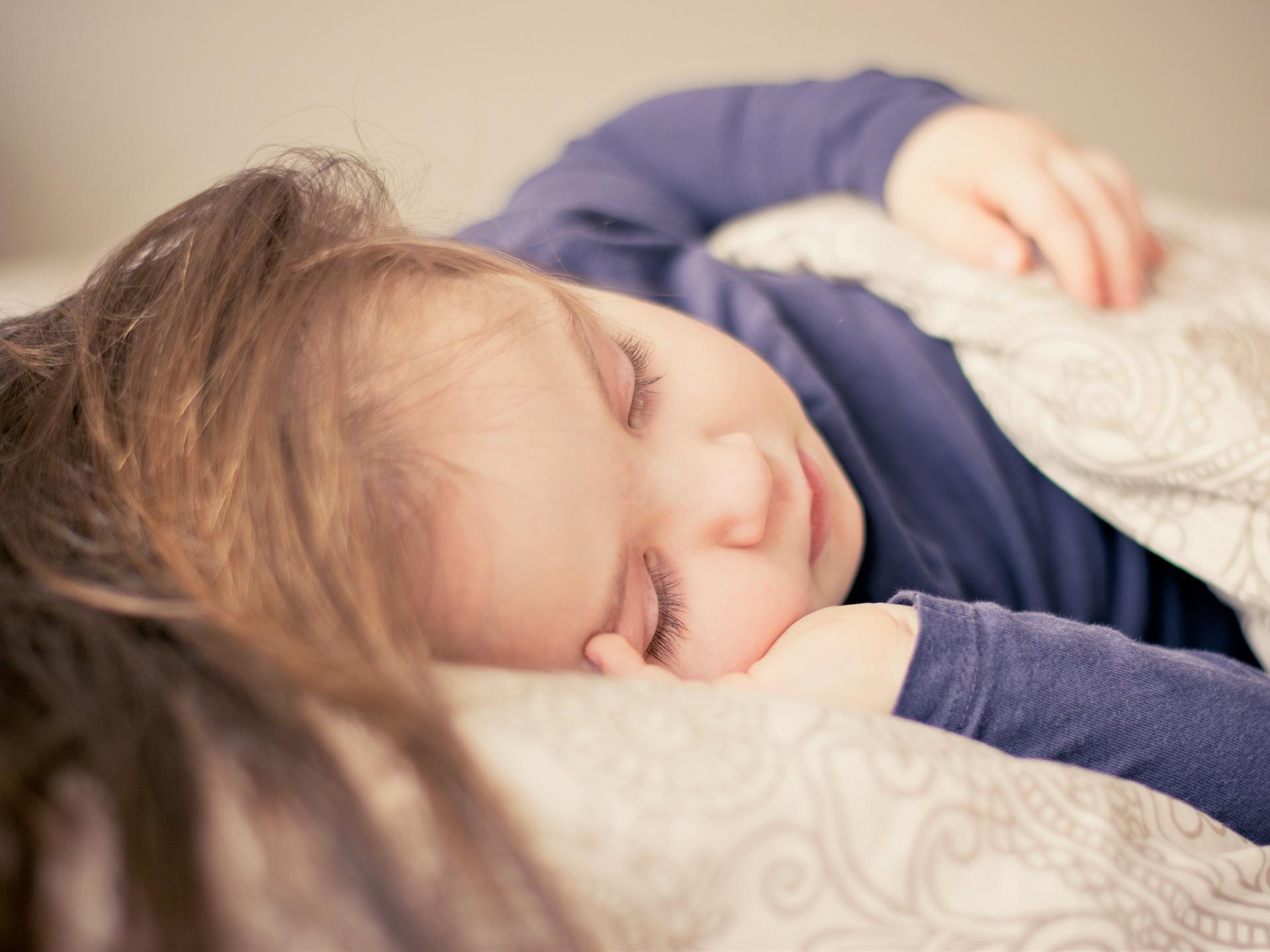Meble dziecięce – urządzamy pokój dziewczynki