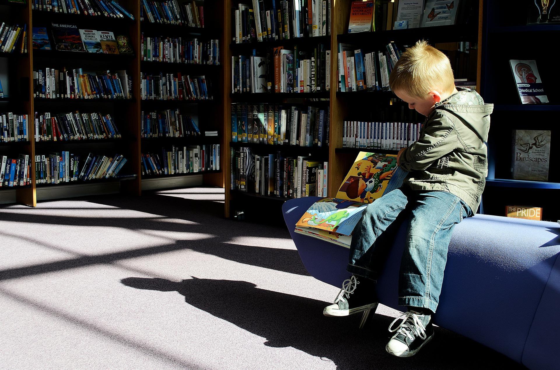Meble dziecięce – urządzamy pokój chłopca